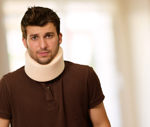 Man_with_Neck_Brace.jpg